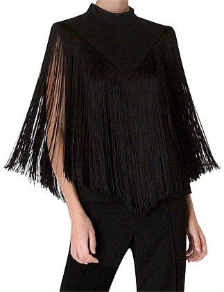 FALL FOR THE FRINGE SHELL TOP