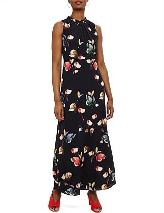 ccca389232d Designer Women s Clothes