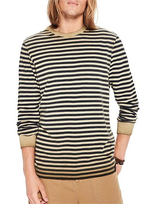 Oil-washed long sleeve tee with neckline detail
