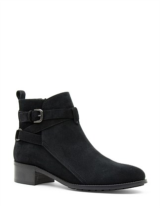 ODENA CROSSOVER ANKLE BOOT
