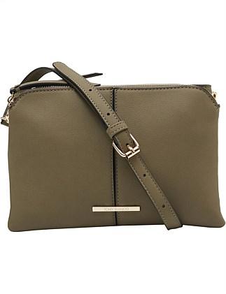 cba0a9e88cf9 Women s Bags