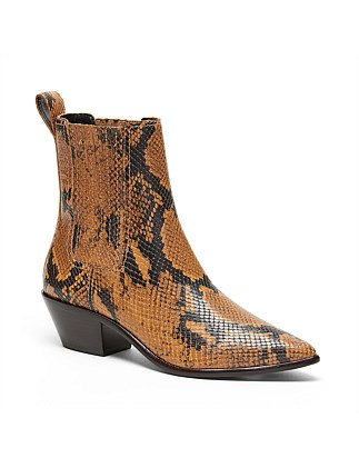 Aylin Low Western Bootie With Gore