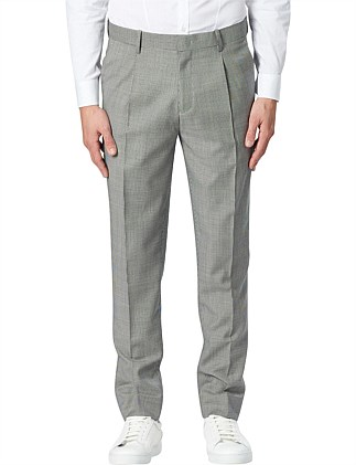 Tapered Pleated Pant