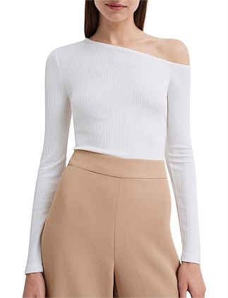 Asymmetric Shoulder Top