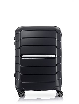 Oc2lite 68cm Medium Suitcase