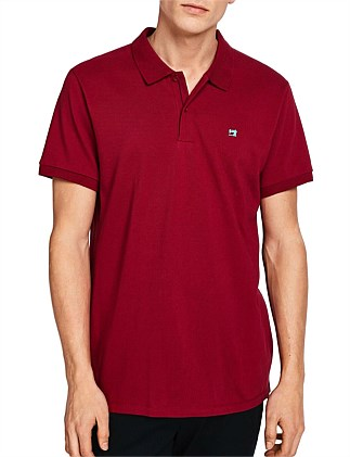 Classic clean pique polo with pop logo print