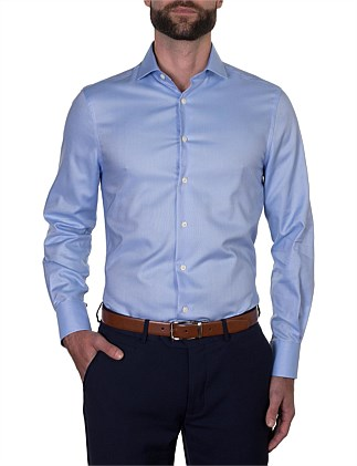 SLIM FIT, SINGLE CUFF SEMI- CUT-AWAY COLLAR