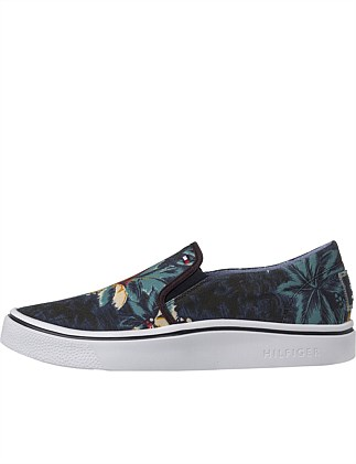 SEASONAL PRINT SLIP ON SNEAKER