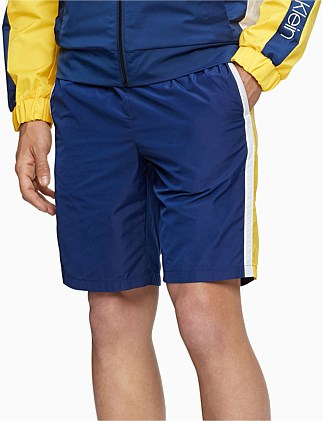 ATHLEISURE RACING STRIPE LOGO SHORTS
