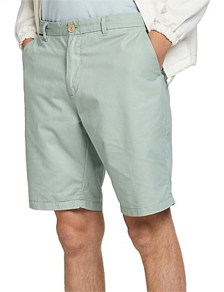 Classic chino short in pima cotton quality
