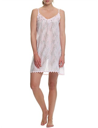 FALLING BLOSSOM LACE FRONT NIGHTIE