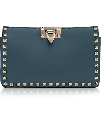 CLUTCH WITH CHAIN STRAP