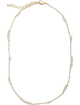 HESKETH PEARL NECKLACE