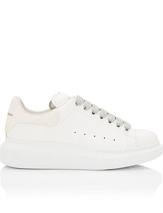 OVERSIZED SNEAKER WITH WHITE GLITTER