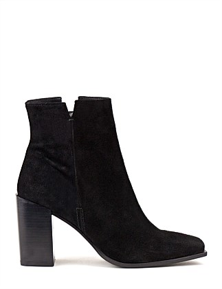ULYSSA SQUARE TOE ANKLE BOOT